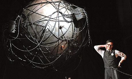 """John Adams: """"DOCTOR ATOMIC es una ópera, no una lección de historia""""."""
