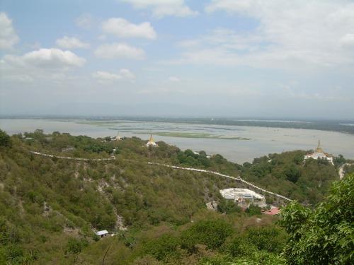 Tierras inundadas por el Ayeryawadi