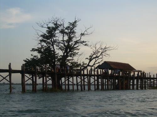 Puente de U-Bein